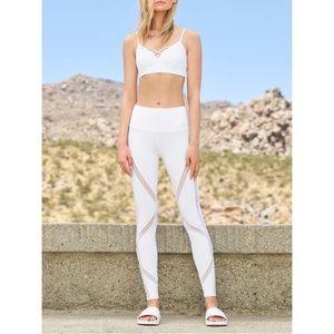 Alo Yoga high waist laced Leggings